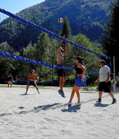 beach-volley-rafting-monrosa